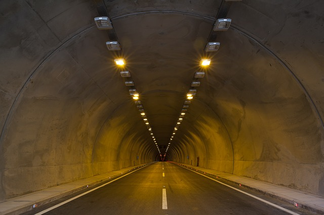 osvětlení tunelu.jpg