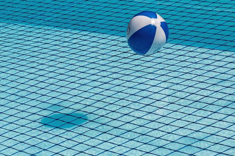 čistý bazén
